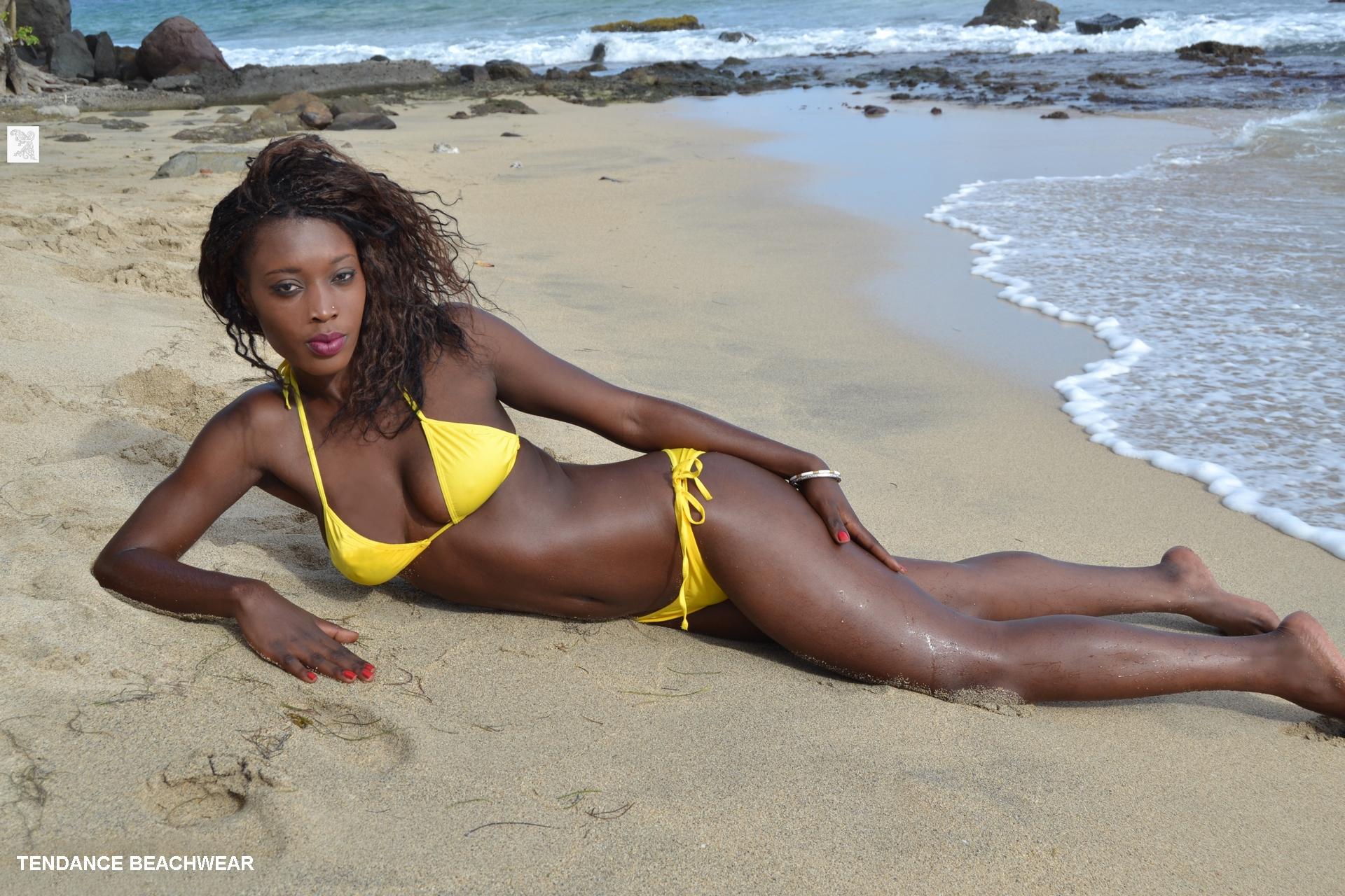 Nude mature women bikini