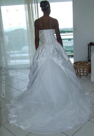 Robe de Mariée Corset 2011