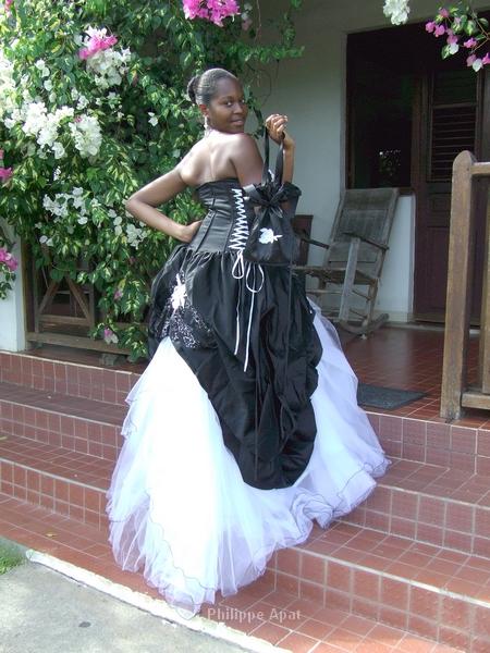 Robe de Mariée 2013 avec sac à main