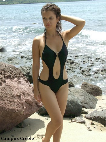 Maillot de bain Beachwear noir une pièce
