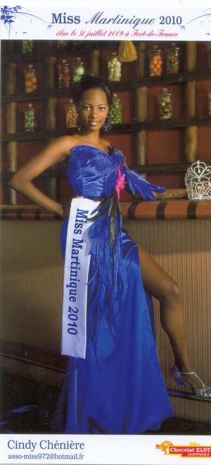 Miss Martinique 2010 Cindy Chénière pose pour Elot