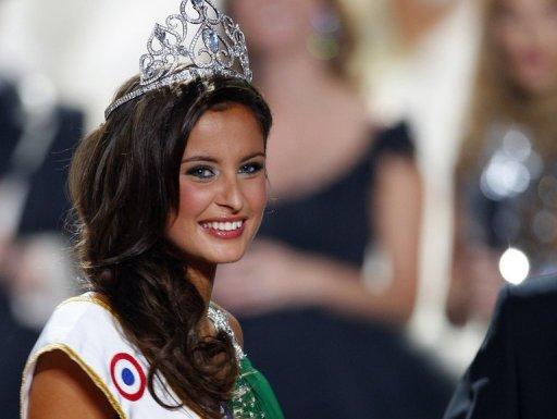 Photo de Miss France 2010 Malika Ménard (AFP)