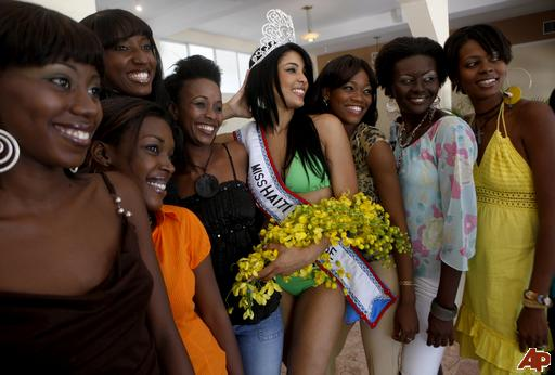 Miss Haïti Soradj Bertin vers Miss Universe 2010