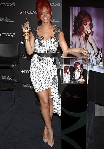 Rihanna Parfum Reb'l Fleur