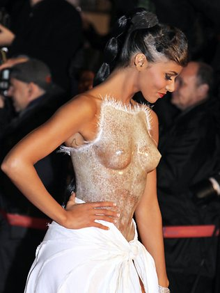 Shy'm sexy NRJ Music Awards