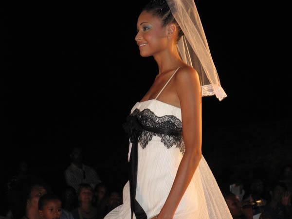 Miss Martinique Robe de Mariée 2013
