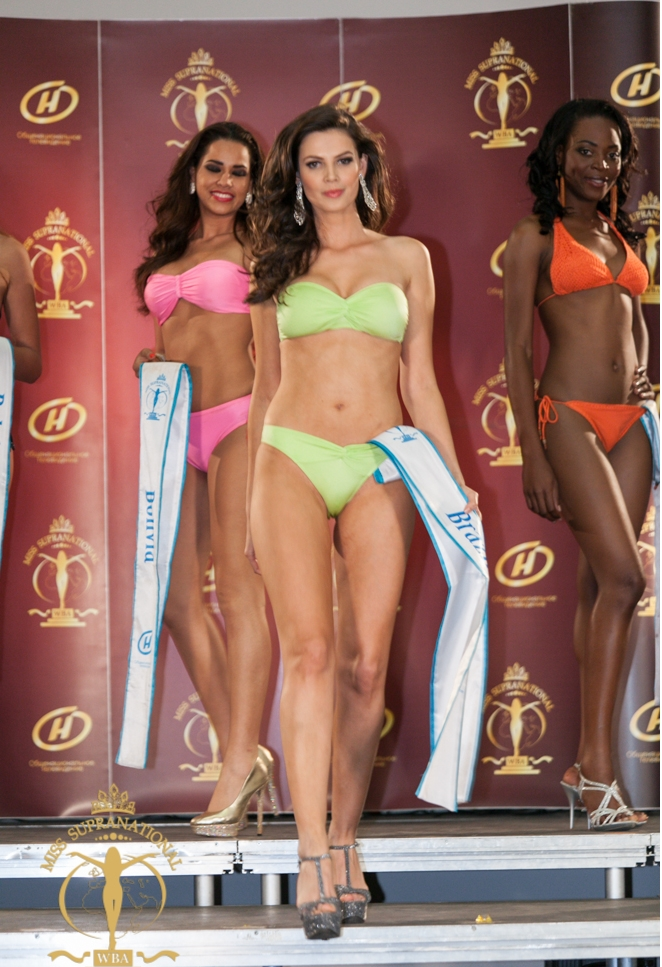 Miss Brazil Miss Supranational 2013