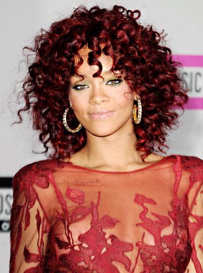 Rihanna Coiffure Style Rousse