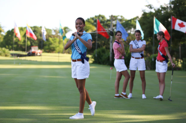 Miss Martinique 2015 joue au golf